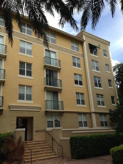 Condominium for Rent at 630 S Sapodilla Avenue # 407 630 S Sapodilla Avenue # 407 West Palm Beach, Florida 33401 United States