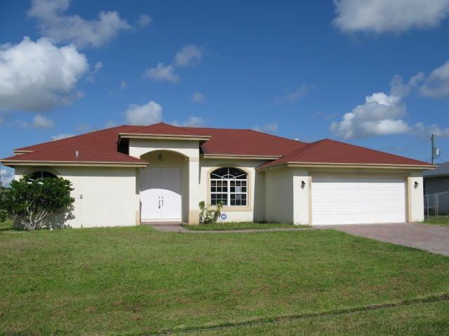302 NW Dorchester Street, Port Saint Lucie, FL 34983