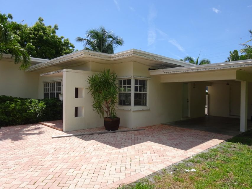 402 NW 17th Street, Delray Beach, FL 33444