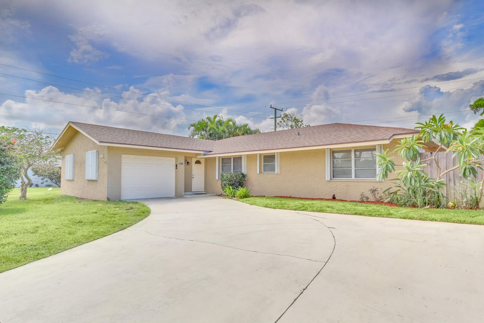 1281 Sw 27th Place