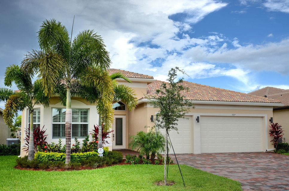 8187 Green Mountain Road, Boynton Beach, FL 33473