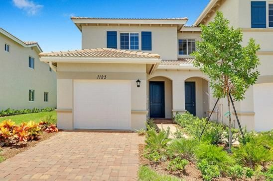 Townhouse for Sale at 1182 Paisley Court Lake Worth, Florida 33461 United States