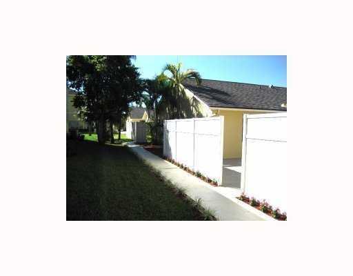 Home for sale in Villas At Sugar Pond Wellington Florida