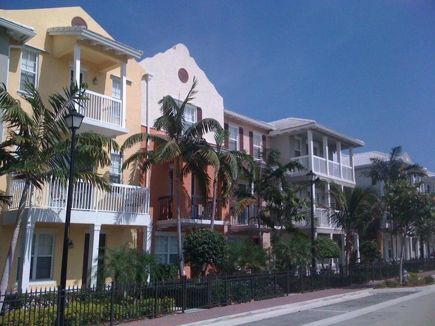 109 E Coda Circle, Delray Beach, FL 33444