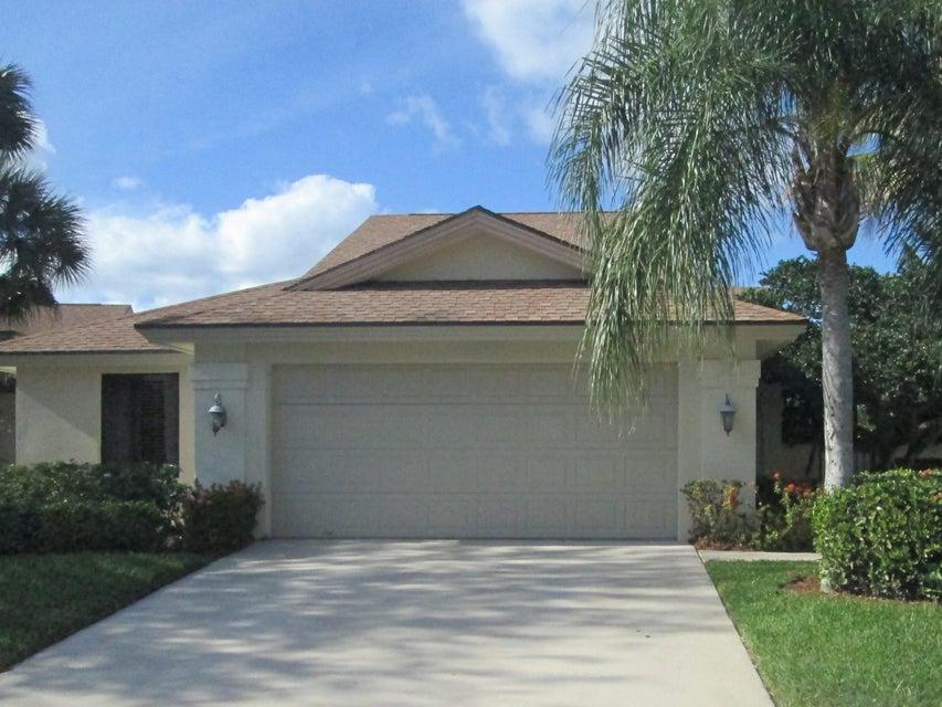322 Natchez Court, Jupiter, FL 33477