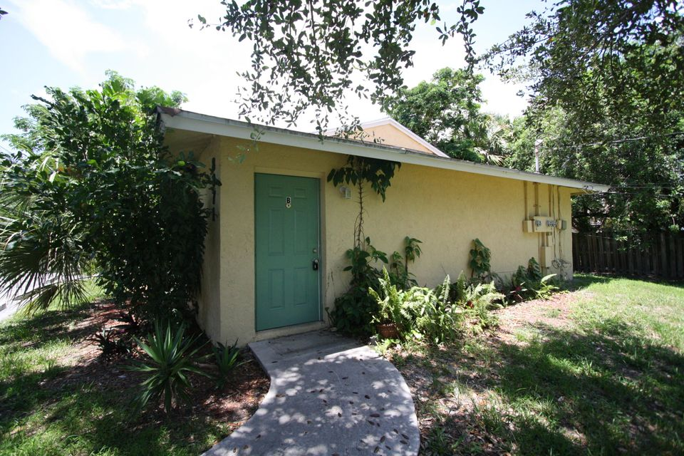 8871 Burma Road, Palm Beach Gardens, FL 33403