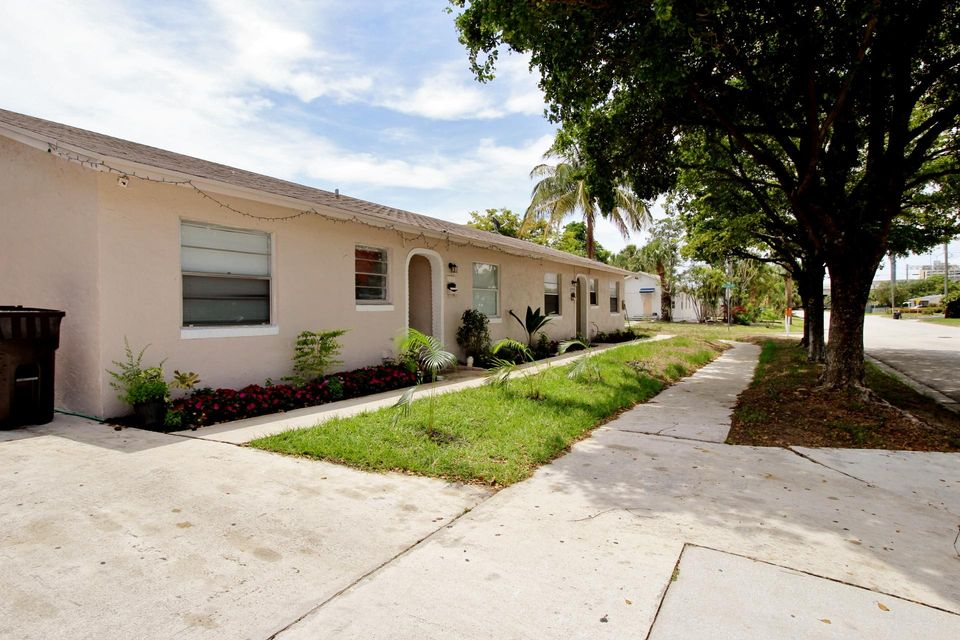 Duplex for Sale at 1916 Mercer Avenue 1916 Mercer Avenue West Palm Beach, Florida 33401 United States