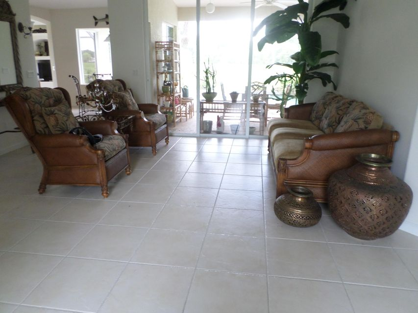 Additional photo for property listing at 1046 SW Sultan Drive  Port St. Lucie, Florida 34953 United States