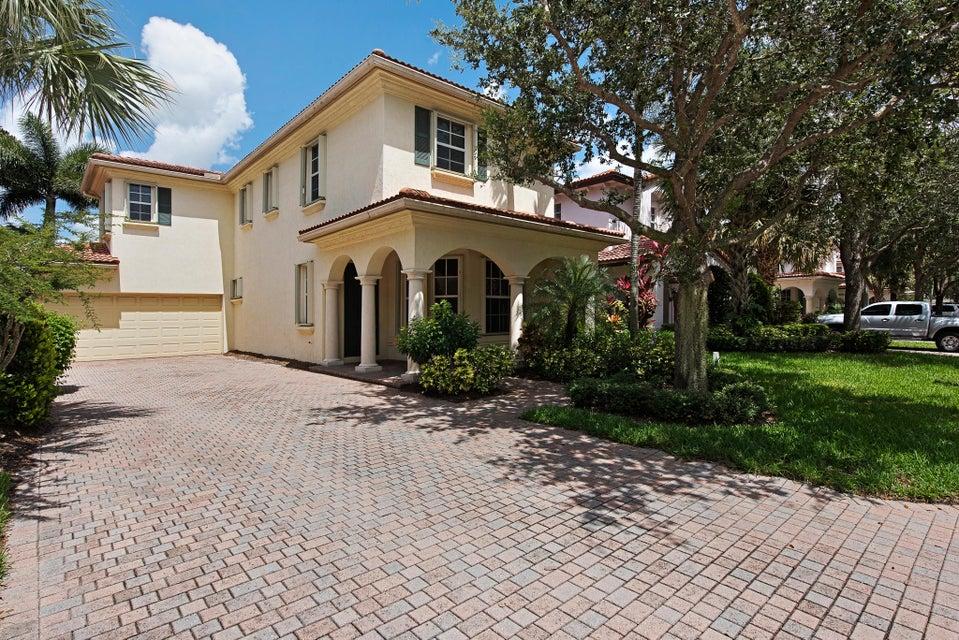 331 October Street, Palm Beach Gardens, FL 33410