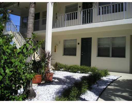 340 NW 19th Street #101, Boca Raton, FL 33432