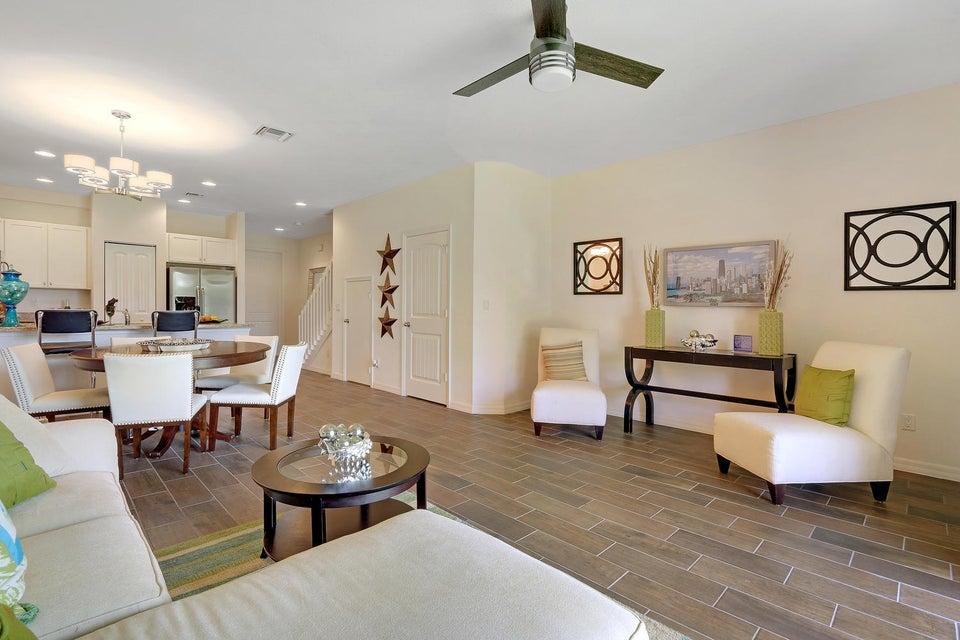 Additional photo for property listing at 1202 Paisley Court  Lake Worth, Florida 33461 United States