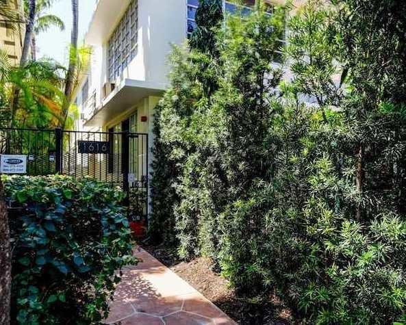 1616 Michigan Avenue 17, Miami Beach, FL 33139