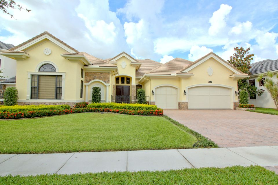 9190 Equus Circle, Boynton Beach, FL 33472