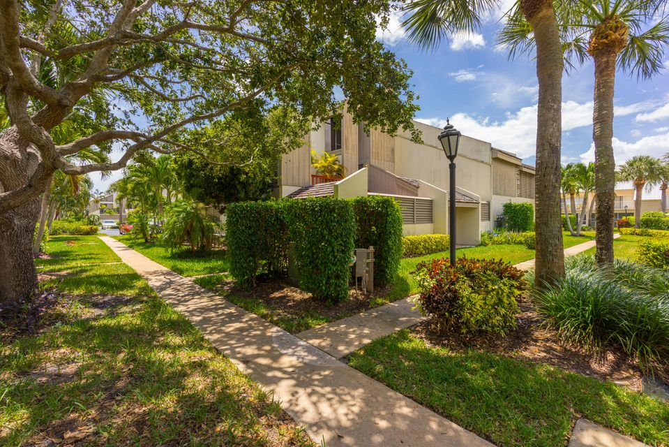 Condominium for Rent at 1605 S Us Highway 1 # 9E 1605 S Us Highway 1 # 9E Jupiter, Florida 33477 United States