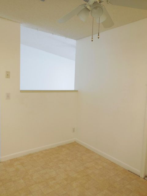 Additional photo for property listing at 5385 Glenda Street  West Palm Beach, Florida 33417 Estados Unidos