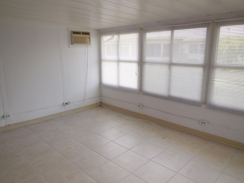 Additional photo for property listing at 5385 Glenda Street 5385 Glenda Street West Palm Beach, Florida 33417 United States