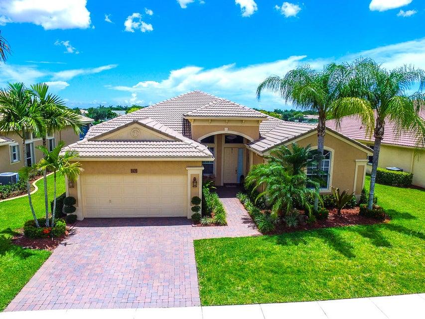 9470 Lantern Bay Circle, West Palm Beach, FL 33411