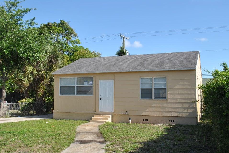731 50th Street, West Palm Beach, FL 33407