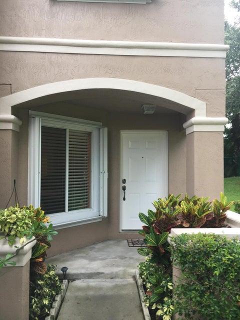 4916 Pinemore Lane 4916, Lake Worth, FL 33463