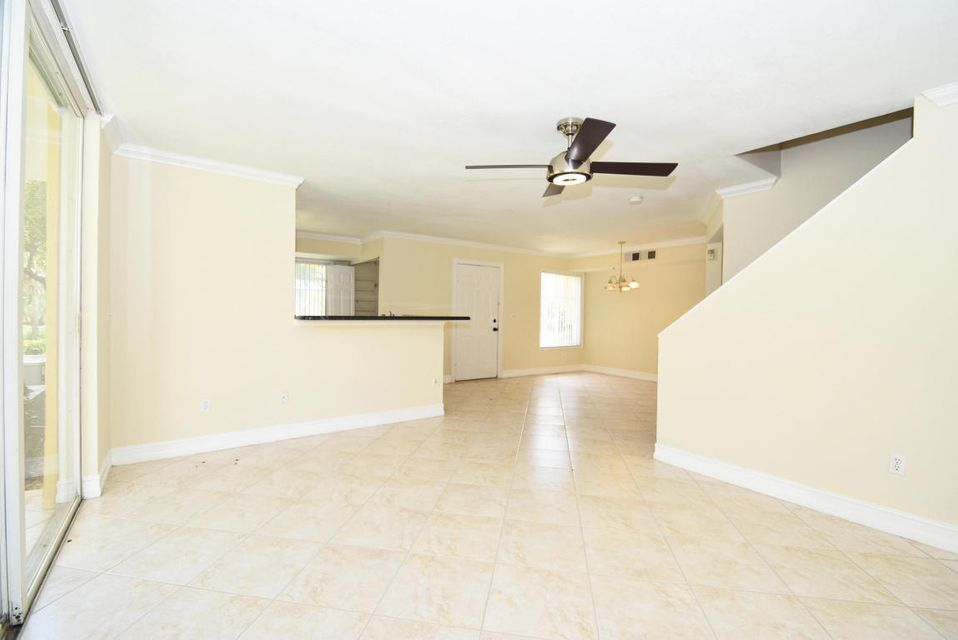 117 Yacht Club Way Unit 112 Hypoluxo, FL 33462 - MLS #: RX-10352867