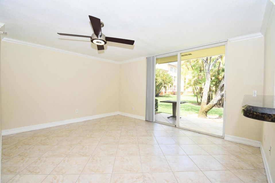 Additional photo for property listing at 117 Yacht Club Way 117 Yacht Club Way Hypoluxo, Florida 33462 United States