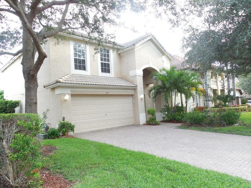 215 Lone Pine Drive, Palm Beach Gardens, FL 33410