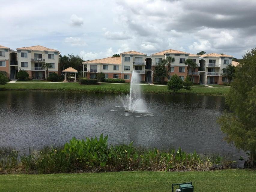 7202 Myrtlewood Circle W, Palm Beach Gardens, FL 33418