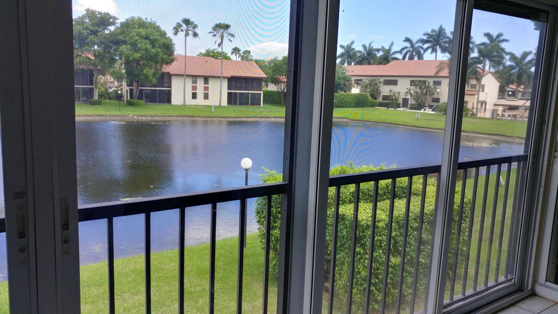 10287 N Circle Lake Drive 202, Boynton Beach, FL 33437