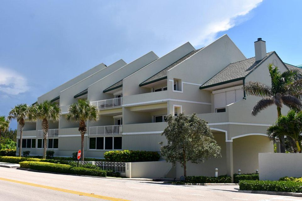 Co-op / Condo for Sale at 2050 S Highway A1a Jupiter, Florida 33477 United States