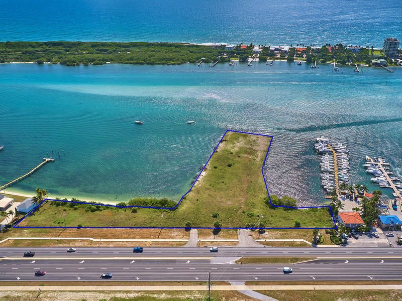 Additional photo for property listing at 12450 Crystal Cove Place 12450 Crystal Cove Place Tequesta, Florida 33469 Estados Unidos