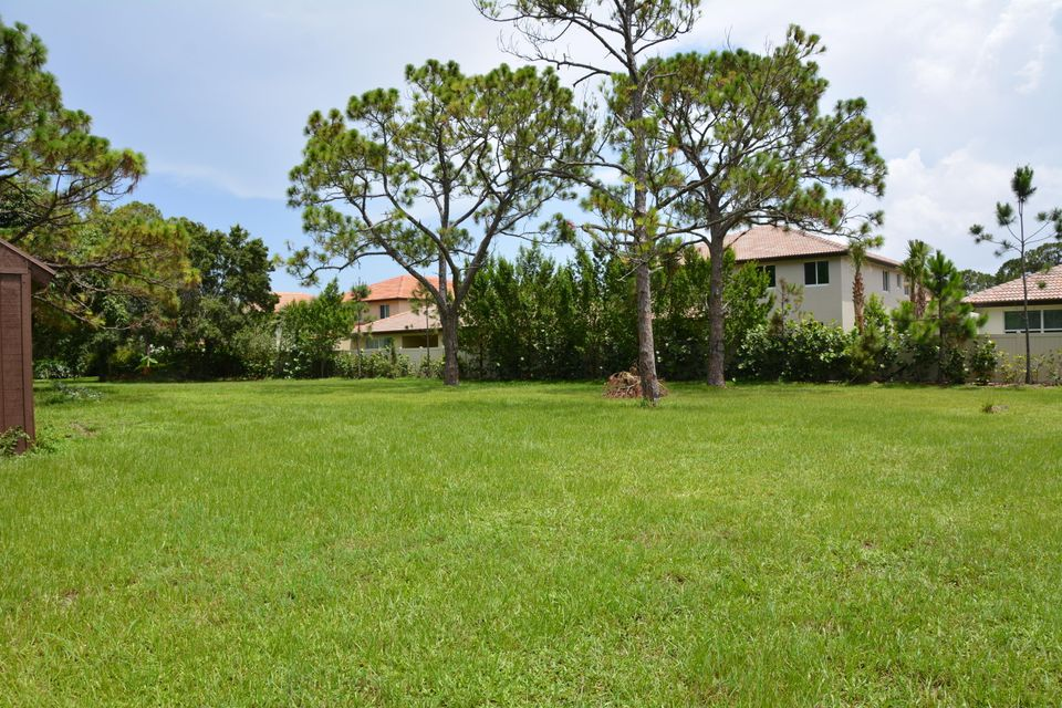 Additional photo for property listing at 7150 181st Street 7150 181st Street Jupiter, Florida 33458 United States