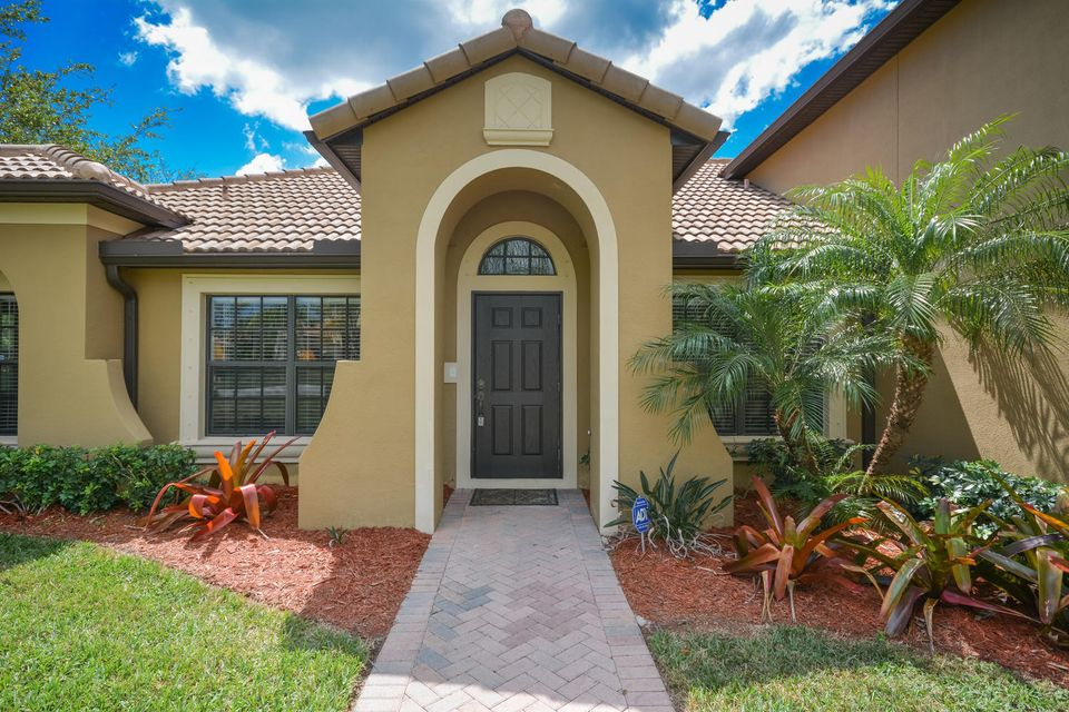 2316 NW Diamond Creek Way, Jensen Beach, FL 34957