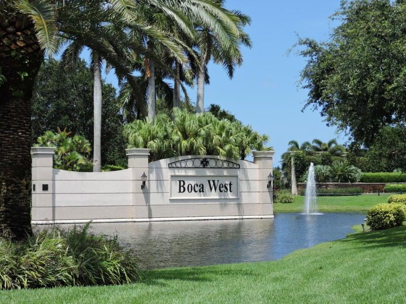 Konsum / Eigentumswohnung für Verkauf beim 6815 Willow Wood Drive 6815 Willow Wood Drive Boca Raton, Florida 33434 Vereinigte Staaten