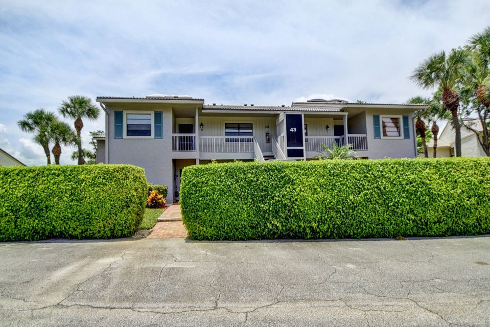 43 Eastgate Drive B, Boynton Beach, FL 33436