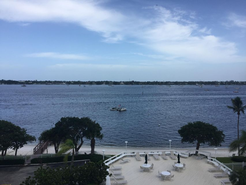 Co-op / Condominio por un Venta en 5600 N Flagler Drive 5600 N Flagler Drive West Palm Beach, Florida 33407 Estados Unidos