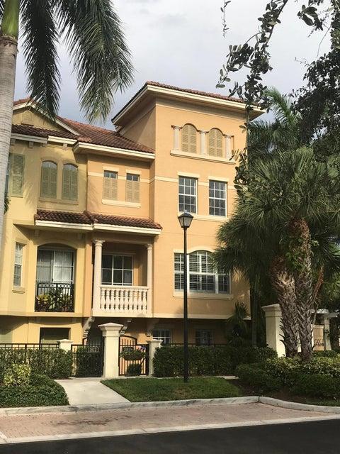 11810 Valencia Gardens Avenue, Palm Beach Gardens, FL 33410