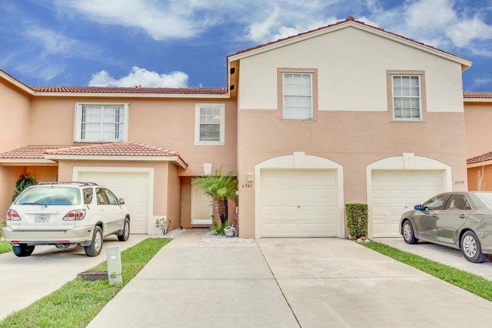 6941 Willow Creek Run, Lake Worth, FL 33463