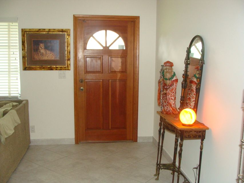 Additional photo for property listing at 4711 Barrett Street  Delray Beach, Florida 33445 United States