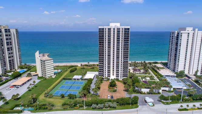 Co-op / Condo for Rent at 5380 N Ocean Drive Singer Island, Florida 33404 United States