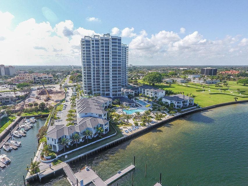 Co-op / Condominio por un Venta en 101 Water Club Court S 101 Water Club Court S North Palm Beach, Florida 33408 Estados Unidos