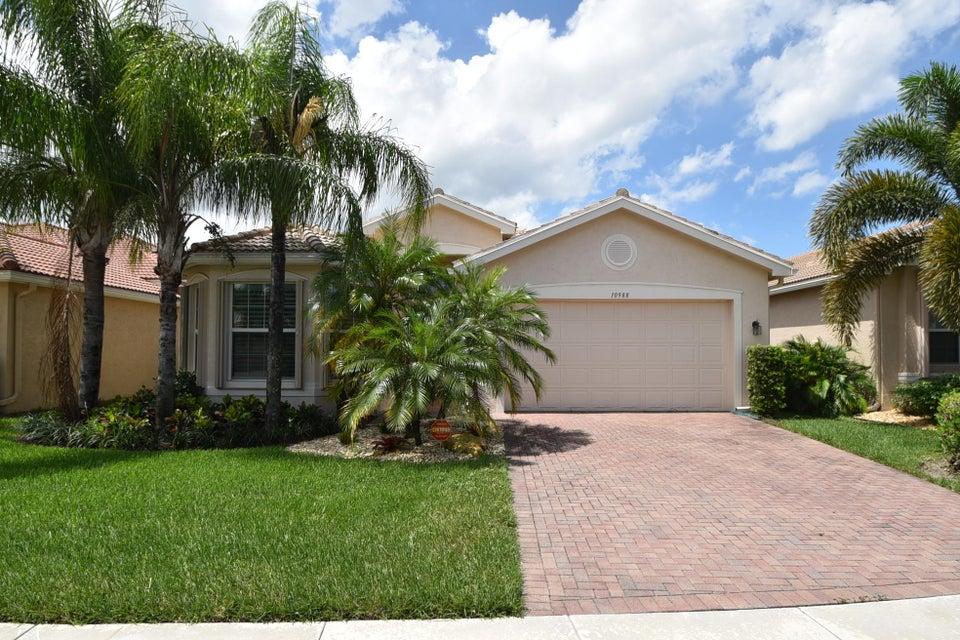 10988 Carmelcove Circle, Boynton Beach, FL 33473