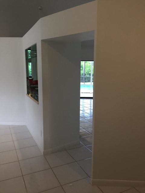 Additional photo for property listing at 11 Loggerhead Lane 11 Loggerhead Lane Tequesta, Florida 33469 United States