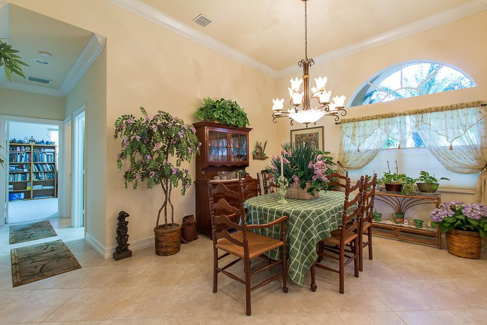 Additional photo for property listing at 5603 NW Wesley Road 5603 NW Wesley Road Port St. Lucie, Florida 34986 United States