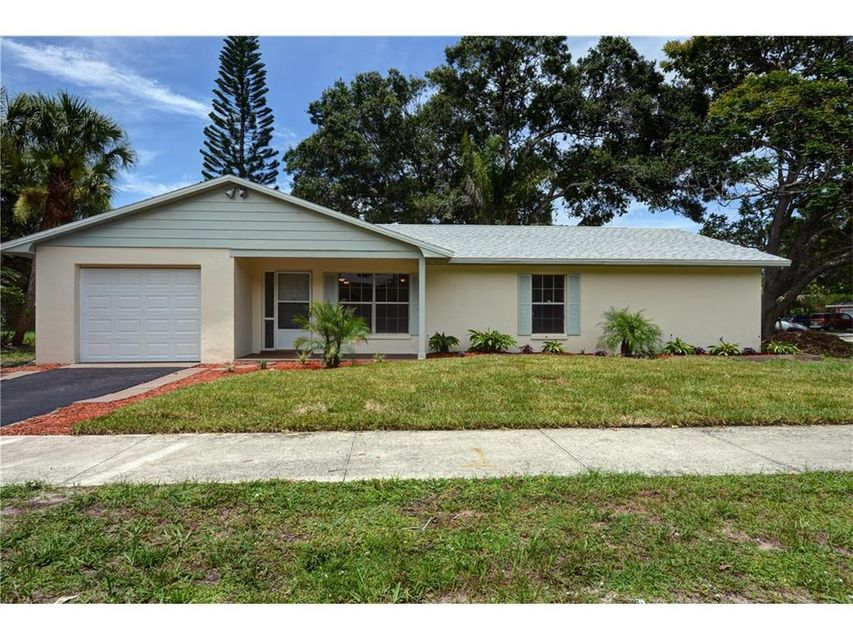 Single Family Home for Sale at 4206 12th Street 4206 12th Street Vero Beach, Florida 32960 United States