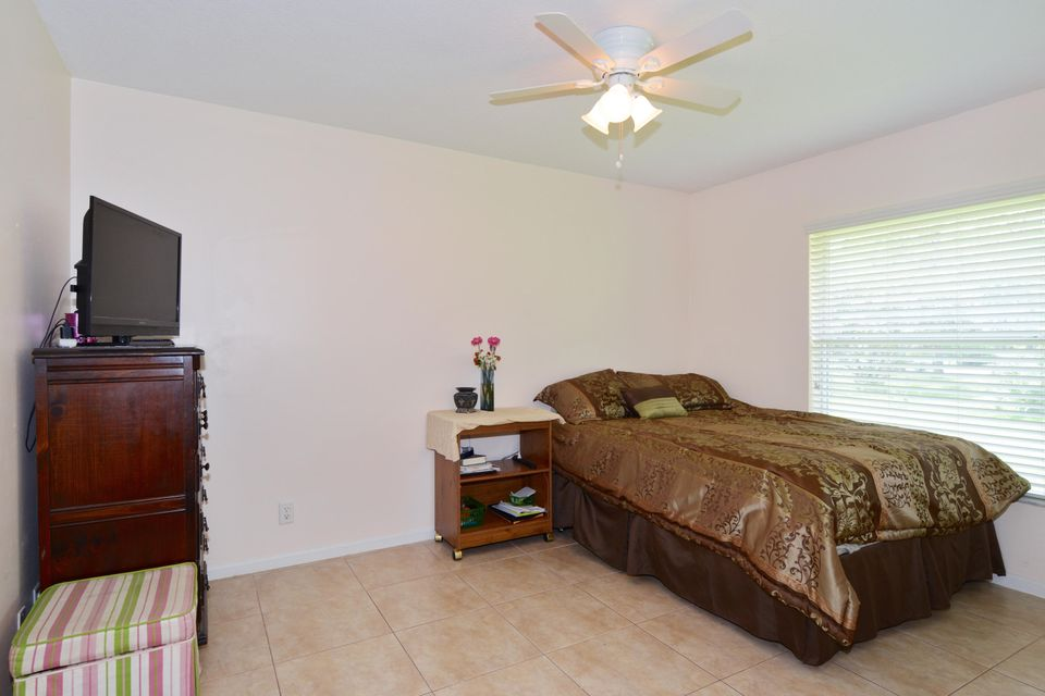 Additional photo for property listing at 13303 61st St N N 13303 61st St N N West Palm Beach, Florida 33412 United States