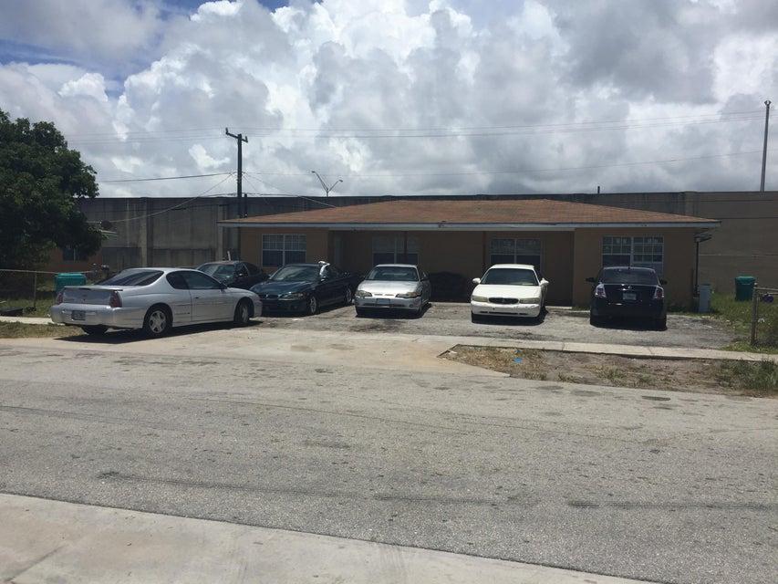1691 NW 5th Street A, Boynton Beach, FL 33435