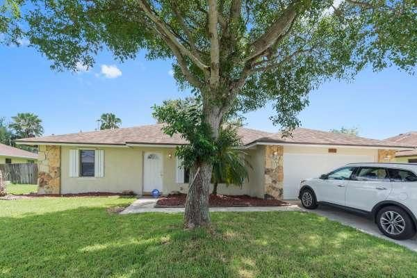10686 Ranchipur Street, Boynton Beach, FL 33437