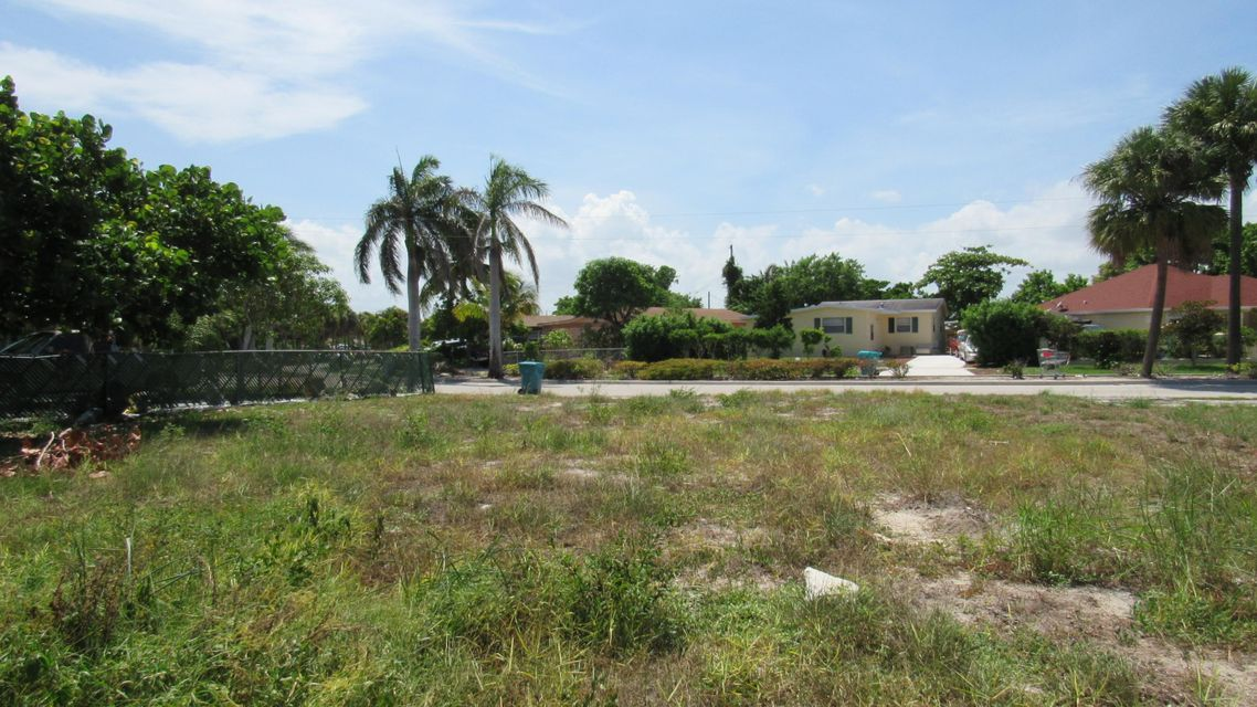 New Home for sale at 440 Ocean Parkway in Boynton Beach
