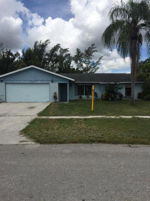 8331 Mildred Drive W, Boynton Beach, FL 33472