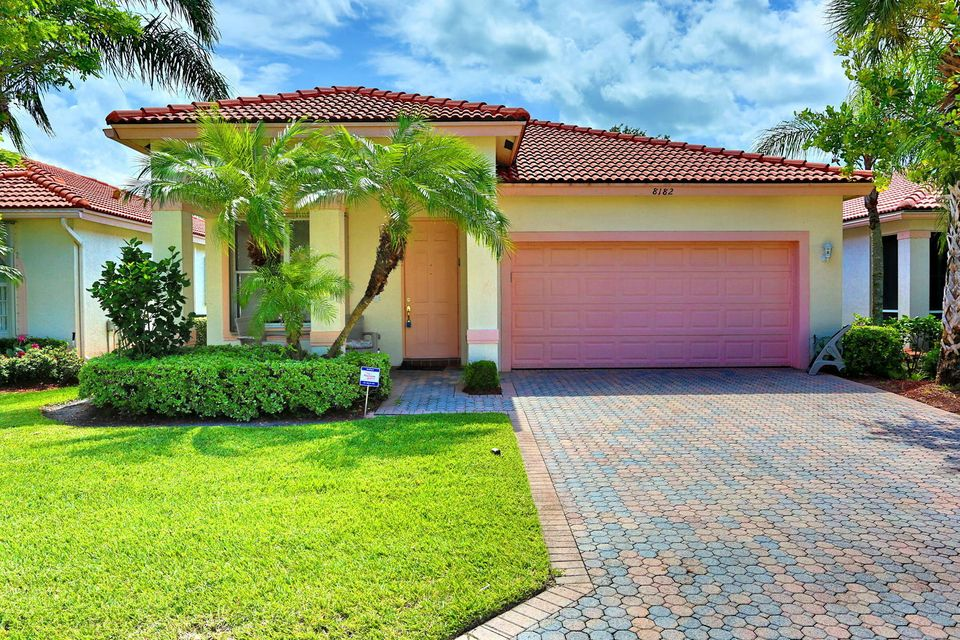 8182 Bellafiore Way, Boynton Beach, FL 33472